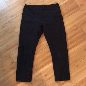 Lululemon black align crop leggings